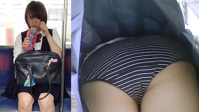 制服JKちゃんのスカート内抜き打ち検査09